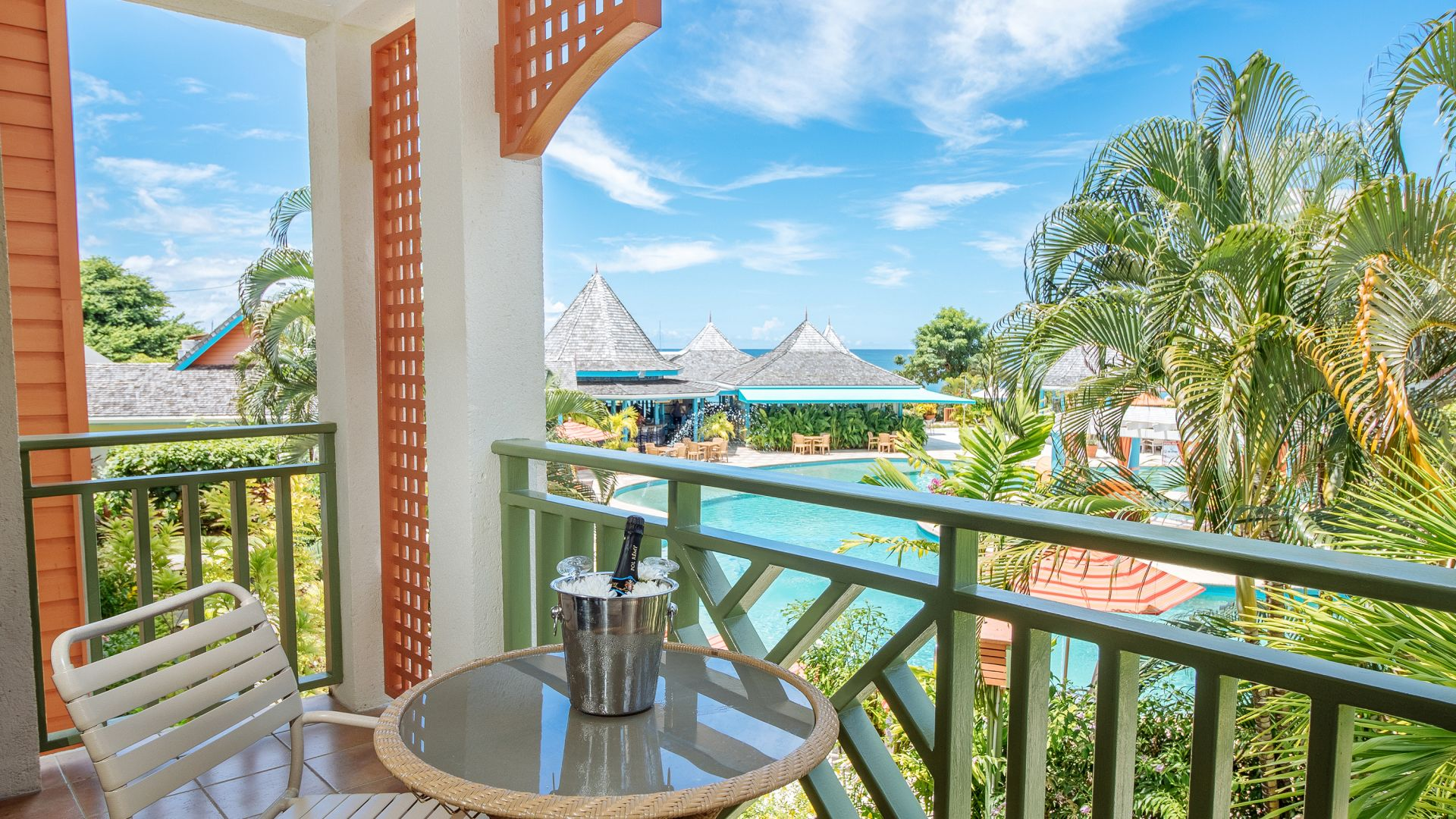 St. Lucia Accommodations | Bay Gardens Beach Resort