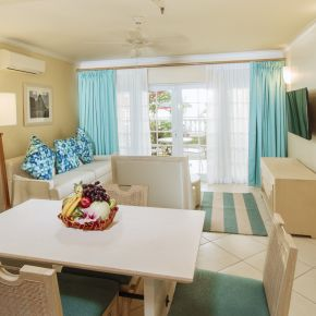 2 Bedroom Beachfront Suite